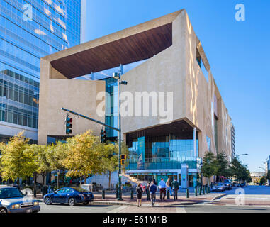 The Mint Museum of Craft + Design on Tryon Street in Charlotte, North Carolina, USA - Stock Photo