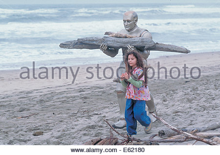 Bicentennial Man  (1999) PICTURED:  ROBIN WILLIAMS, Hallie Kate Eisenberg. Courtesy Granamour Weems Collection. - Stock Photo