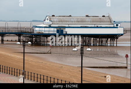 Cleethorpes Pier, Cleethorpes, North East Lincolnshire. - Stock Photo