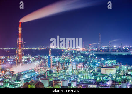 Oil refinerie of Yokkaichi, Japan. - Stock Photo