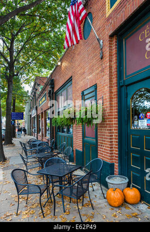 Restaurant on South Blount Street in the historic City Market district, Raleigh, North Carolina, USA - Stock Photo