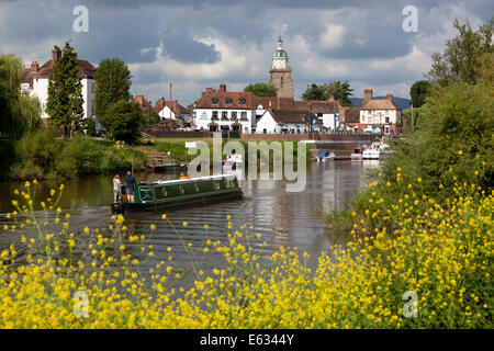 The Pepperpot and town on the River Severn, Upton upon Severn, Worcestershire, England, United Kingdom, Europe - Stock Photo