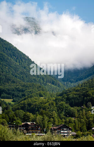 Holiday houses at Wolfgangsee lake in European alps in Austria - Stock Photo