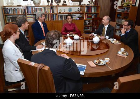 U.S. Secretary of State John Kerry, Assistant Secretary of State for Democracy, Human Rights and Labor Tom Malinowski, - Stock Photo
