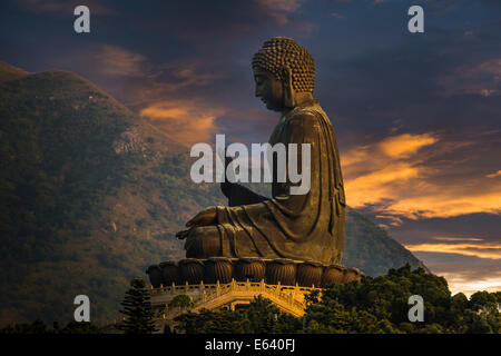 Tian Tan Buddha statue, Lantau Island, Hong Kong, China - Stock Photo