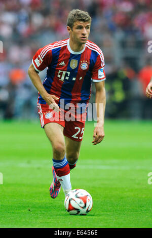 thomas mueller of fc bayern muenchen attends the oktoberfest beer stock photo royalty free. Black Bedroom Furniture Sets. Home Design Ideas