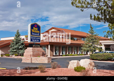 Exterior view of Best Western Grand Canyon Squire Inn hotel building in Grand Canyon Village. Arizona, USA. - Stock Photo