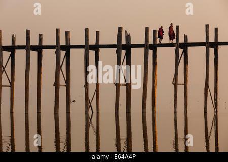 U Bein teak bridge at sunrise, Mandalay, Myanmar