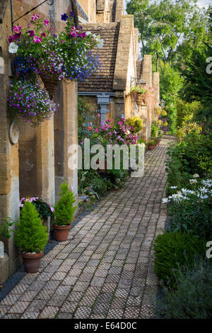 Row of cottages in Winchcombe, Gloucestershire, England - Stock Photo