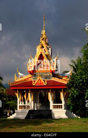 GEORGETOWN, MALAYSIA: A glorious pavilion with its ornate roof at the Thai Wat Buppharam - Stock Photo