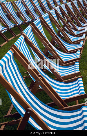 Southport, Merseyside, UK. 15th August, 2014. Bandstand and rows of striped seating. Deck chairs at Britain's biggest - Stock Photo