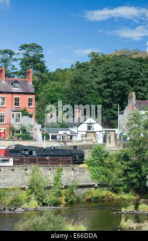 Llangollen steam railway - Stock Photo