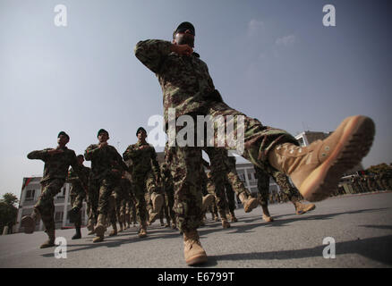 (140817) -- KABUL, Aug. 17, 2014 (Xinhua) -- Afghan National Army soldiers march during their graduation ceremony - Stock Photo