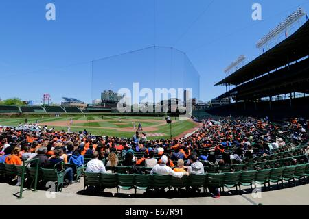 High school baseball playoff game in Wrigley Field, Chicago, Illinois. Whitney Young High School vs Morgan Park - Stock Photo