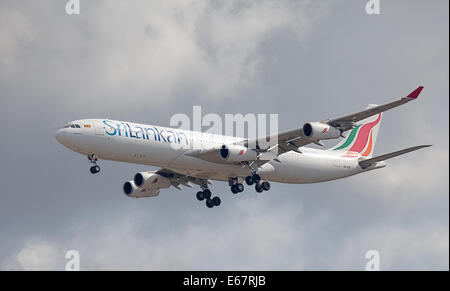 Srilankan Airlines Airbus a340 4R-ADE arriving at London-Heathrow Airport LHR - Stock Photo