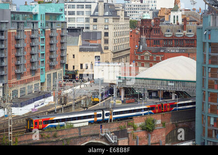 Oxford Road railway station in Manchester - Stock Photo
