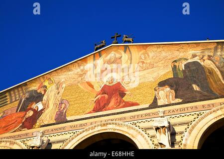 Basilica Of The Agony And Church Of St. Mary Magdelene, Garden Of Gethsemane, Jerusalem, Israel, Middle East - Stock Photo