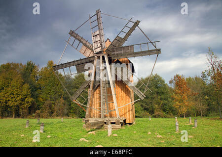 Windmill And Brown Barn In Rural Scenic Setting Stock Photo Royalty Free Image 4976882 Alamy