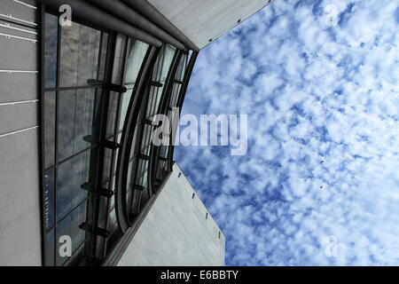The contemporary art museum (MAMAC), in Nice, French Riviera. - Stock Photo
