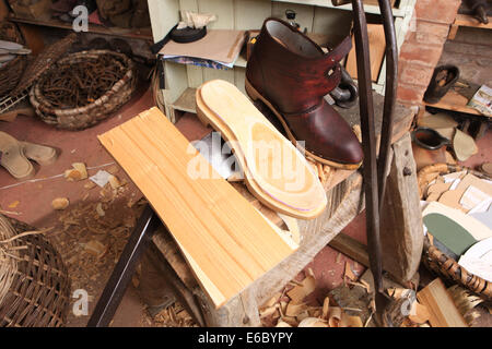 Jeremy Atkinson making Clogs in his workshop at Kington in Herefordshire - Stock Photo