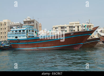 Traverse City Taxi >> Traditional dhow cargo ship on the Dubai Creek Stock Photo: 103343818 - Alamy
