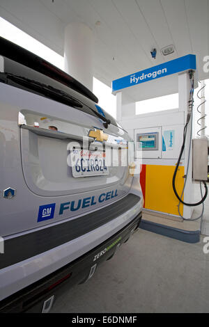 GM's new Equinox SUV. On June 26, 2008, Shell opened CA's first retail hydrogen car refueling station in West LA. - Stock Photo