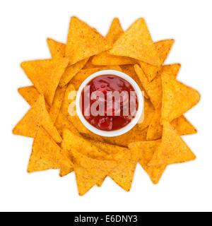 sonne aus tortilla chips mit dip - Stock Photo