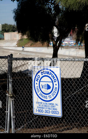 No Dumping in Ocean Sign, Ballona Creek, Culver City, Los Angeles, California, USA. - Stock Photo