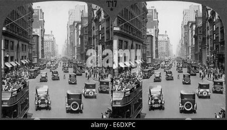 Busy Street Scene, Fith Avenue Looking North From 38th Street, New York City, USA, Stereo Card, circa 1920's - Stock Photo