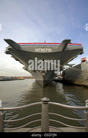 Flight Deck, The Intrepid Sea, Air and Space Museum, Manhattan, New York, USA. - Stock Photo
