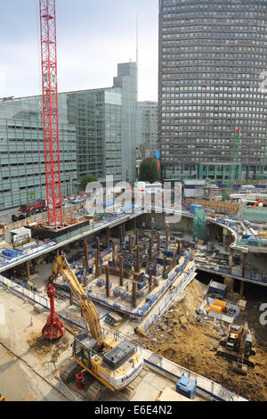 Construction of a major new mixed commercial development on a confined site in the centre of London showing basement - Stock Photo