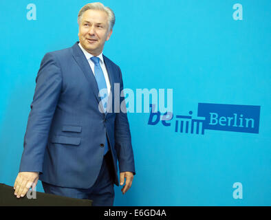 Berlin's governing mayor Klaus Wowereit (SPD) attends a press conference at the Red Town Hall in Berlin, Germany, - Stock Photo