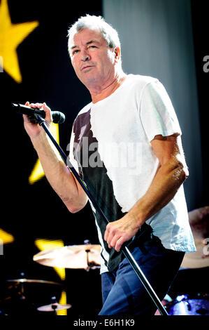 Rama, Ontario, Canada. 22nd Aug, 2014. IAN GILLAN of legendary English rock band Deep Purple perfroms at Casino - Stock Photo