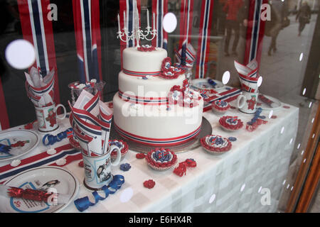 Window Display and Celebrations for Constitution Day in Oslo - Stock Photo