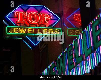 Top Indian Jewelers on the Rusholme Curry Mile, Manchester City Centre, England at Night - Stock Photo