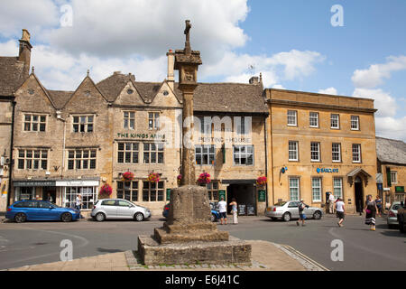 The Market Square & Cross, Stow-on-the-Wold, The Cotswolds, Gloucestershire, England, U.K. - Stock Photo