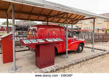 Morris Minor Royal Mail Postal Delivery Van - Stock Photo