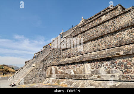 Tourists climbing the Pyramid of the Moon, Plaza de la Luna, UNESCO World Heritage Site Archaeological Site of Teotihuacan - Stock Photo