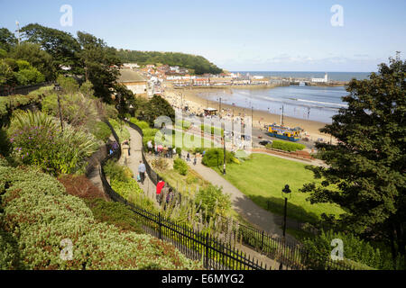 The south bay, Scarborough, with the harbour in the distance. - Stock Photo
