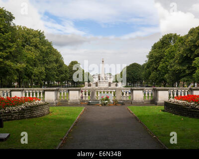 View War Memorial Lady Lever Art Gallery from Hillsborough Memorial Gardens Port Sunlight Wirral Merseyside donated - Stock Photo