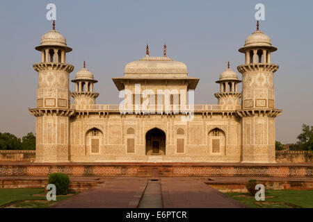 The Itmad-ud-Daula, a magnificent white marble Mughal style mausoleum, also called little Taj, Agra, Uttar Pradesh, - Stock Photo