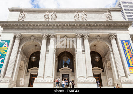 The New York Public Library, 5th Avenue, Manhattan, New York City, New York, USA - Stock Photo