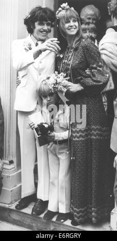 Oct 2, 1970 - London, England, United Kingdom - DONOVAN (born DONOVAN PHILIPS LEITCH, 10 May 1946) is a Scottish - Stock Photo