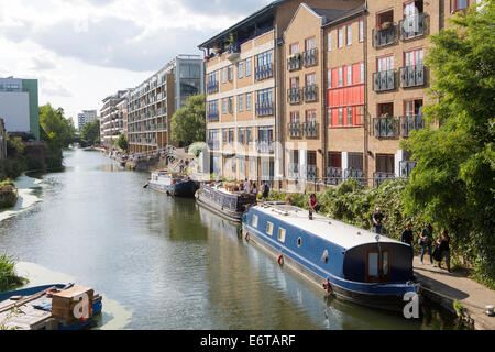 Narrowboats on the Regent's Canal near Camden - part of the Grand Union Canal, London, England - Stock Photo