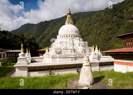 Eastern Bhutan, Trashi Yangtse, Chorten Kora, sertho natural stone pagoda in front of stupa - Stock Photo