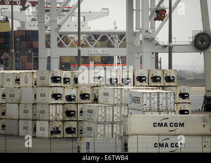 AJAXNETPHOTO. DUNKERQUE, FRANCE. - FREIGHT - CONTAINER BOXES STACKED ON THE QUAY. PHOTO:JONATHAN EASTLAND/AJAX - Stock Photo