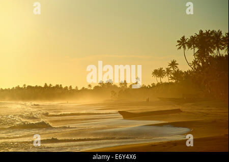 Deserted beach in the late afternoon, Turtle Bay east of Tangalle, South Sri Lanka, South Asia - Stock Photo