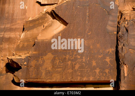 USA, Utah, Potash Road, near Moab, petroglyphs, ancestral puebloan, AD 900 to AD 1250 - Stock Photo