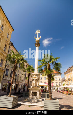Austria, Carinthia, Klagenfurt, Alter Platz with Trinity Column, Plague Column - Stock Photo