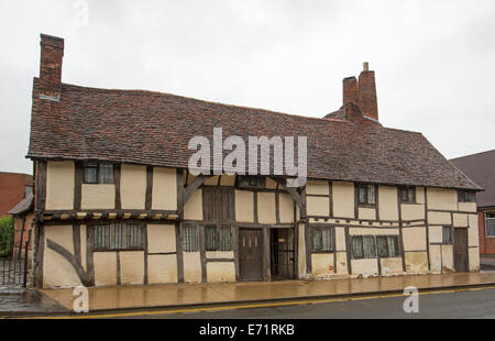 English heritage listed 15th century Mason's Court, oldest building in Stratford-upon-Avon, - Stock Photo